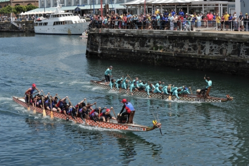 OUP South Africa competes in alternative boat race